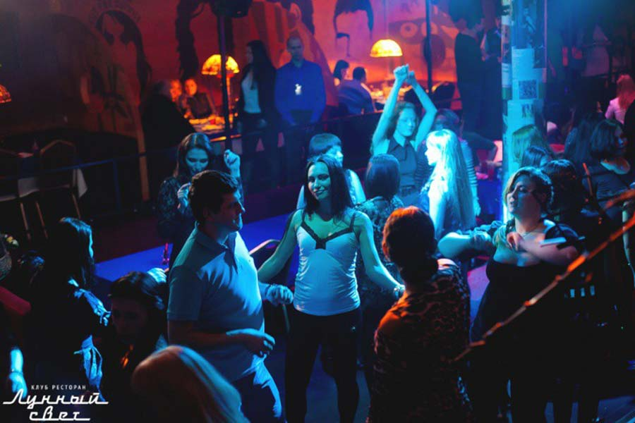 Ночной клуб лунный свет работа в орехово зуево ночной клуб