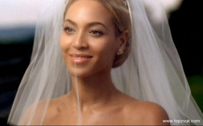 Бейонсе показала кадры собственной счастливой жизни вдевятую годовщину свадьбы