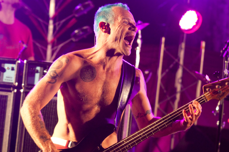 Flea из Red Hot Chili Peppers: рок — мертв!