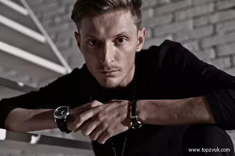 Рэперу изУфы Face Павел Воля предложил собственный текст песни «Бургер»