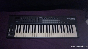 Novation Launchkey-49 (mk-1)