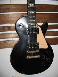 Gibson Les Paul Studio Black 1990 года.