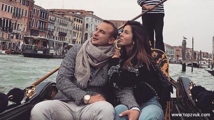 Игорь Сивов иНюша продлили медовый месяц каникулами вВенеции